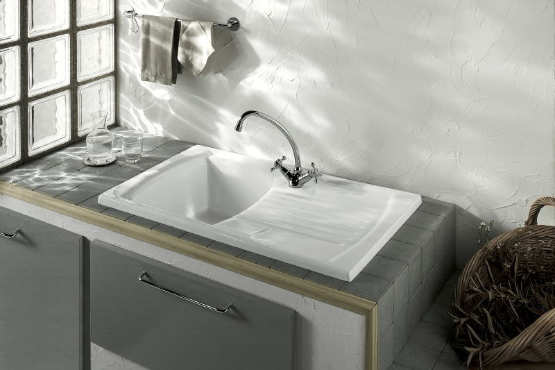 Sanindusa Lusitano single bowl white ceramic sinks